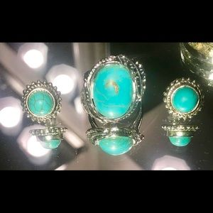 Jewelry - turquoise and silver ring & earring set